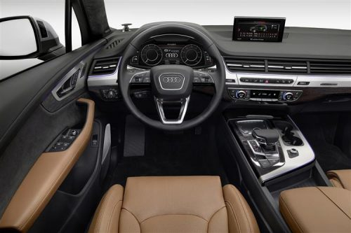 audiq7e-tron0216int